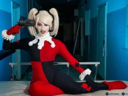 Harley Quinn cosplay by Enji Night